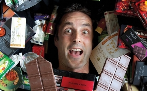 Chocolate Taster has to give up his job...?!